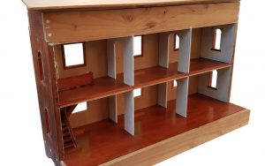Trompe Dollhouse Before - front